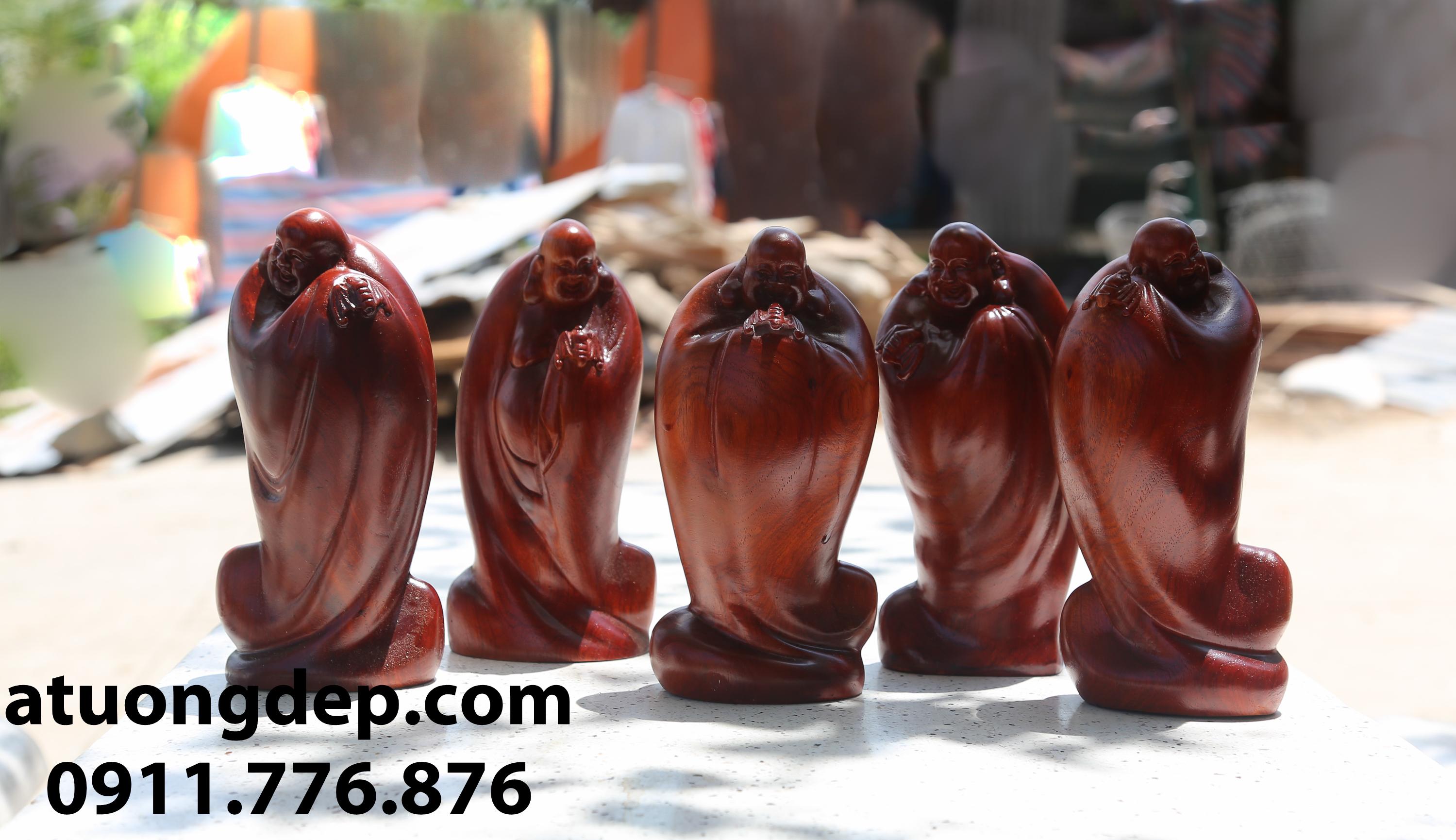 Tượng Ngũ Phúc gỗ hương